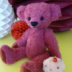 ours en peluche rose